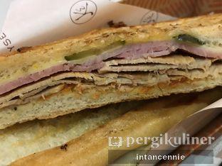 Foto 2 - Makanan di Eric Kayser Artisan Boulanger oleh bataLKurus