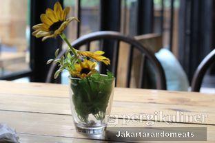 Foto 3 - Interior di Journey Coffee oleh Jakartarandomeats
