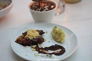 Foto 1 - Makanan(Enoki Beef Roll) di Dasa Rooftop oleh Ana Farkhana