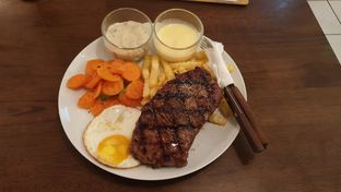 Foto 2 - Makanan di Prabu Steak & Coffee oleh Oemar ichsan