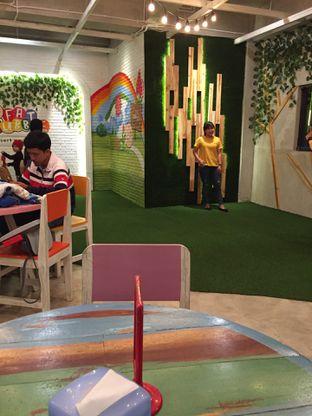 Foto 7 - Interior di Fat Bubble oleh Yohanacandra (@kulinerkapandiet)