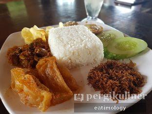 Foto 1 - Makanan di Soto Bu Tjondro oleh EATIMOLOGY Rafika & Alfin