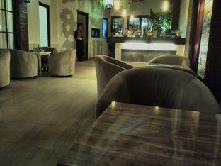 Foto 6 - Interior di Ali Baba Middle East Resto & Grill oleh angga surya