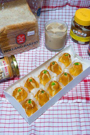 Foto review Holland Bakery oleh yudistira ishak abrar 6