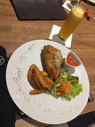 Foto 1 - Makanan di Noach Cafe & Bistro oleh @yoliechan_lie