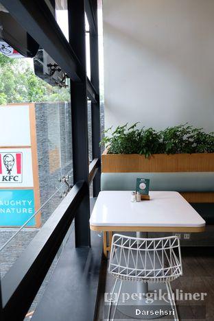 Foto 8 - Interior di KFC Naughty by Nature oleh Darsehsri Handayani