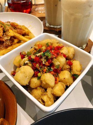 Foto 3 - Makanan di Komune Cafe oleh kdsct