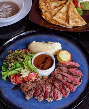 Foto 1 - Makanan di Indoguna Gourmet oleh Anita Susanto