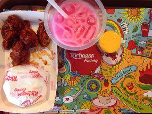Foto 1 - Makanan di Richeese Factory oleh Reni Andayani