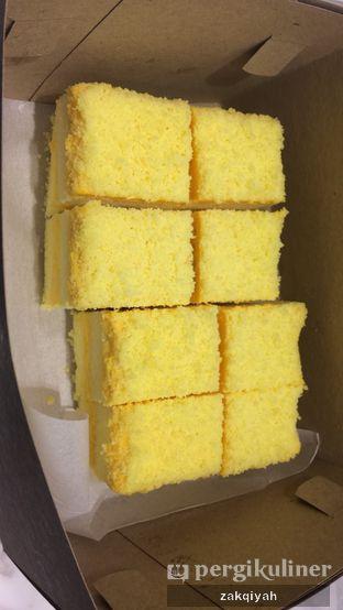 Foto 2 - Makanan di Ezo Hokkaido Cheesecake & Bakery oleh Nurul Zakqiyah