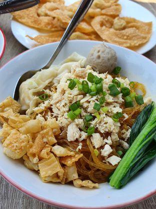 Foto 7 - Makanan di Bakmie Tjap Ayam oleh imanuel arnold