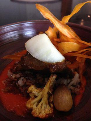 Foto 10 - Makanan di PASOLA - The Ritz Carlton Pacific Place oleh awakmutukangmakan