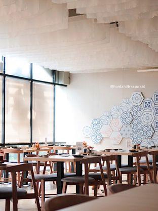 Foto 5 - Interior di Sekai Sushi & Shabu oleh Huntandtreasure.id