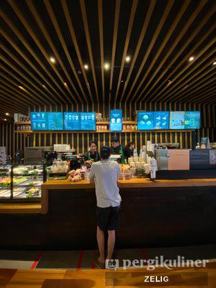 Foto review Starbucks Coffee oleh @teddyzelig  2