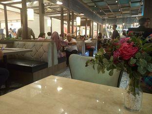 Foto 2 - Interior di Hong Kong Cafe oleh yudistira ishak abrar