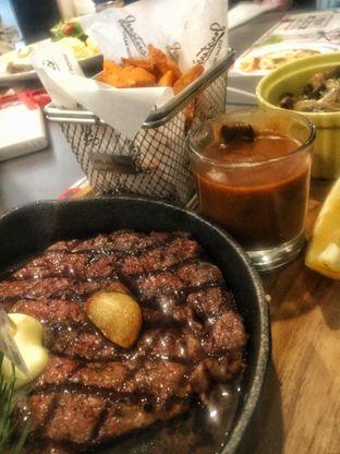 Foto 1 - Makanan(US Black Angus Tenderloin Steak) di Justus Steakhouse oleh Fadhlur Rohman