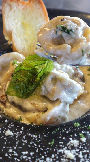 Foto 5 - Makanan di The Upside oleh heiyika