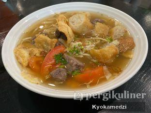 Foto - Makanan(Soto Mie Campur Daging) di Soto Betawi Nyonya Afung oleh Keegan Bryan