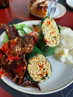 Foto review Tilu Kitchen & Patisserie oleh Mouthgasm.jkt  1