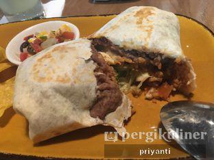 Foto 7 - Makanan(Burritos Beef Steak) di Gonzo's Tex Mex Grill oleh Priyanti  Sari