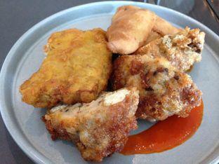 Foto 5 - Makanan di PASOLA - The Ritz Carlton Pacific Place oleh awakmutukangmakan