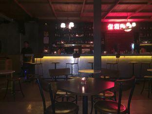 Foto 5 - Interior di Pao Pao Liquor Bar & Dim Sum oleh Andrika Nadia