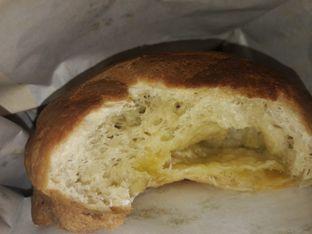 Foto 3 - Makanan di Roti Boy oleh Michael Wenadi