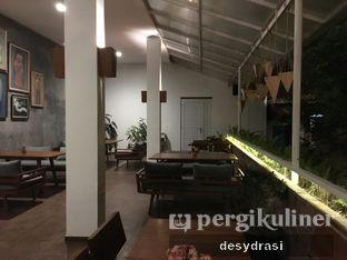 Foto 5 - Interior di Kebon Awi Kaffee oleh Makan Mulu