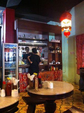 Foto Interior di Kopi Oey