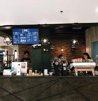 Foto 9 - Interior di Awesome Coffee oleh Della Ayu