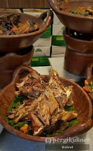 Foto 5 - Makanan di Kepala Manyung Bu Fat oleh Velvel