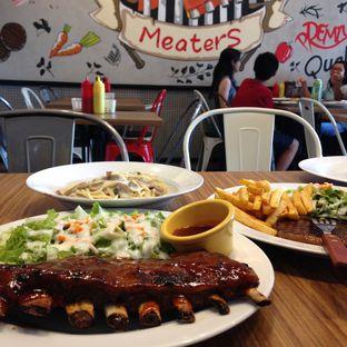Foto 3 - Makanan di Meaters oleh Pengembara Rasa