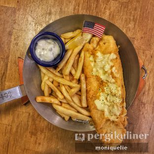 Foto 2 - Makanan(New York Fish and Chip) di Fish & Co. oleh Monique @mooniquelie @foodinsnap