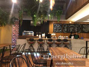 Foto 7 - Interior di Tampan Mie & Coffee oleh Del and Dit