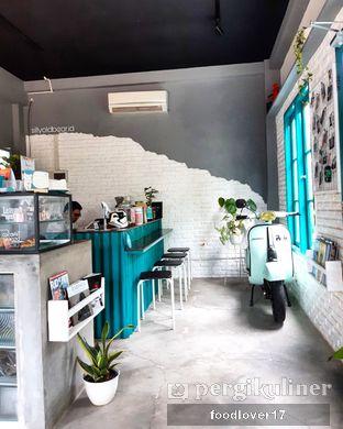 Foto 4 - Interior di Meanwhile Coffee oleh Sillyoldbear.id