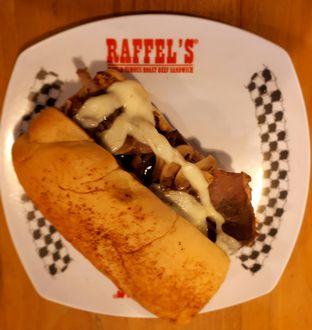 Foto 3 - Makanan di Raffel's oleh Yustina Meranjasari