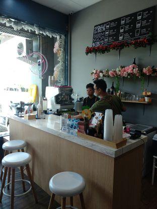 Foto 9 - Interior di Bloom Ngopi oleh Nicole || @diaryanakmakan