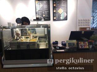 Foto 3 - Interior di Asymmetric Games & Coffee oleh Stella @stellaoctavius
