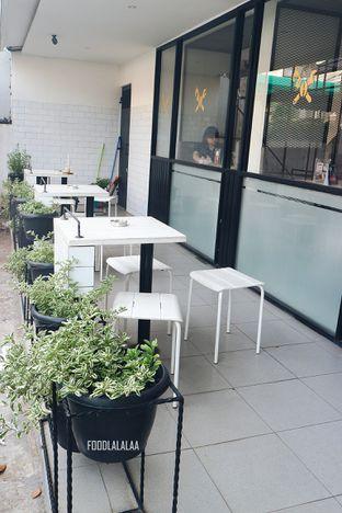 Foto 10 - Interior di Viverri Coffee oleh Foodlalalaa