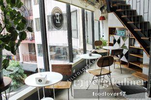 Foto 2 - Interior di Escalator Coffeehouse oleh Sillyoldbear.id