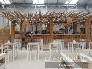 Foto 5 - Interior di Hey Beach! oleh Ladyonaf @placetogoandeat