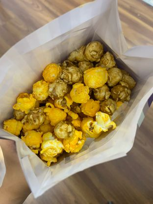 Foto 1 - Makanan di Chicago Popcorn oleh Wawa | IG : @foodwaw