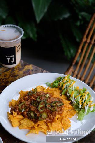 Foto review Koffie TJ & Cafe oleh Darsehsri Handayani 3
