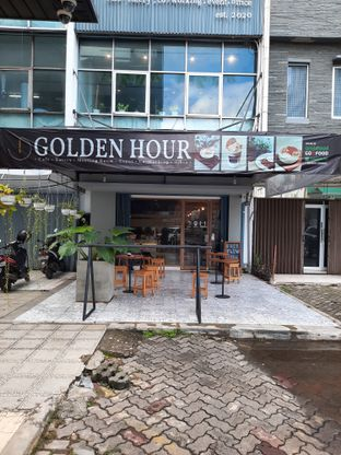 Foto review Golden Hour oleh Geraldi Edward 6