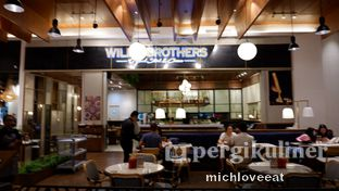 Foto 6 - Interior di Willie Brothers Steak and Cheese oleh Mich Love Eat