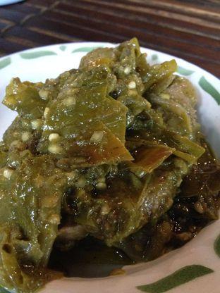 Foto 6 - Makanan(Dendeng Batokok) di Warung Tuman oleh awakmutukangmakan