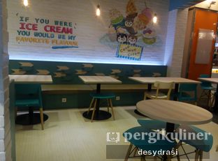 Foto 3 - Interior di North Pole Cafe oleh Makan Mulu
