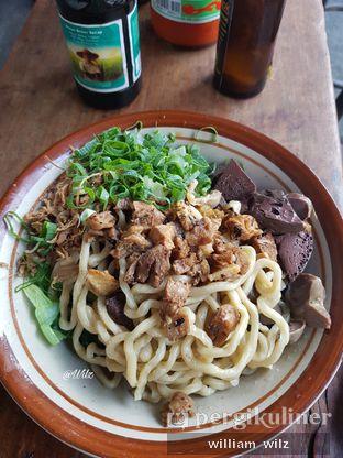 Foto 2 - Makanan di Mie Ayam Pak Timbul oleh William Wilz