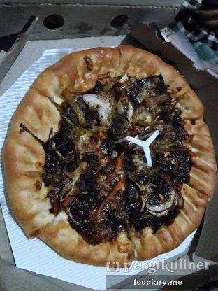 Foto 2 - Makanan di Pizza Hut oleh @foodiaryme   Khey & Farhan