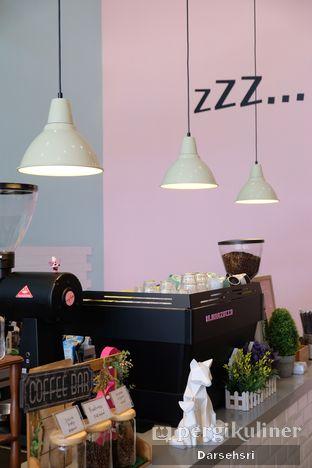 Foto 9 - Interior di Lazy Boss oleh Darsehsri Handayani